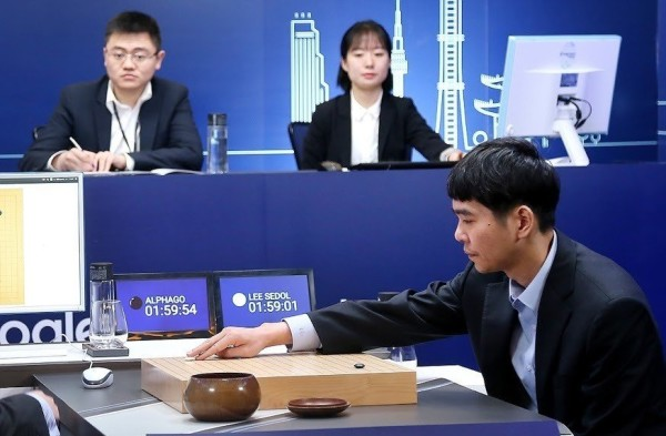 AlphaGo-Lee-Sedol-game-4
